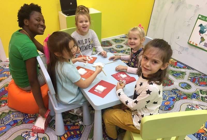 """Детский лагерь с изучением английского """"Полиглотики"""""""